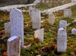 Osmanlı mezar taşları gün yüzüne çıkarılıyor