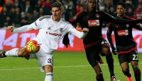 Beşiktaş sahadan galip ayrıldı