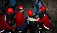 Tırmanışta düşerek yaralanan dağcı kurtarıldı