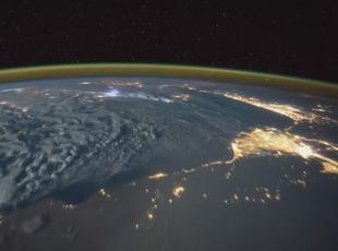 Dünyanın uzaydan sıradışı görüntüsü