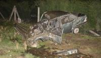 Sakaryada otomobil şarampole devrildi: 2 yaralı