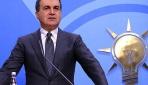 Ömer Çelik: Türkiye'ye 'sınırını aç' çağrısını büyük bir hayretle karşılıyoruz