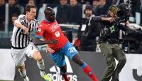 İtalya Serie Ada yeni lider Juventus