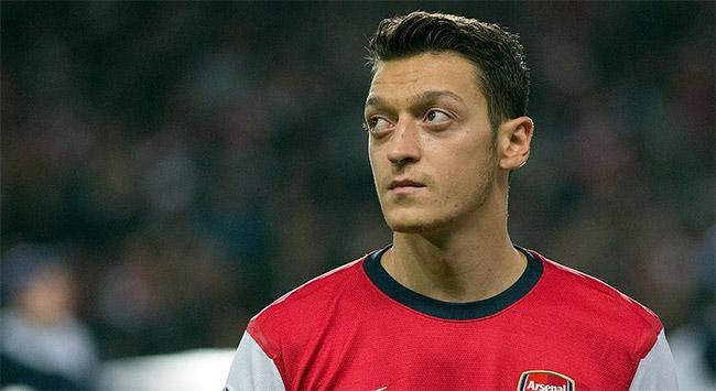 Mesut Özilin çabası Arsenala yetmedi