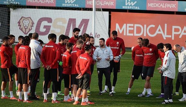 Galatasarayda teknik direktör arayışı