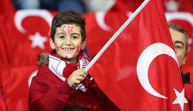 Türkiye-İsveç hazırlık maçının biletleri tükendi