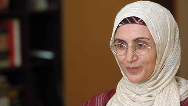 Yazar Cihan Aktaşa ödülü törenle verildi