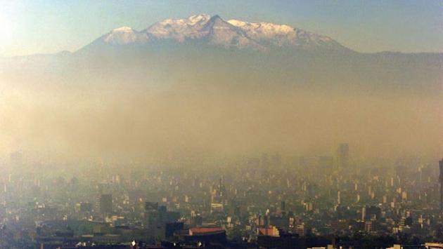 """Meksikada """"hava kirliliği"""" alarmı"""
