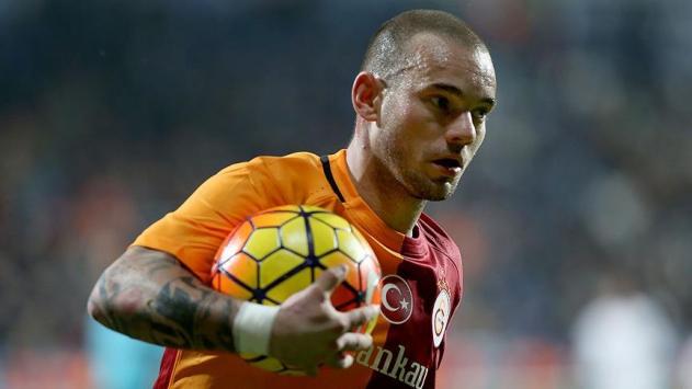 Sneijderle yollar ayrıldı