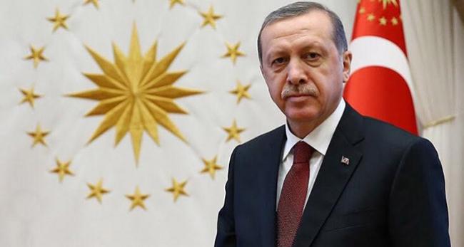 Erdoğan, Galatasaray Kulüp Başkanı Özbeki kutladı