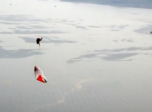 Yamaç paraşütüyle 10 takla