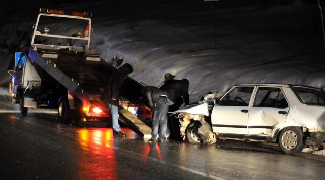 Kocaelide zincirleme trafik kazası: 2 ölü, 13 yaralı