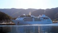 Lüks gemide 140 yolcu 230 personel var