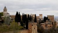 Masalların kızıl sarayı El Hamra