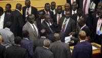 Güney Sudanda geçici hükümet kuruldu