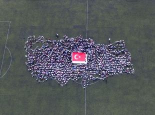 Bin Minik El Bir Bayrak projesi