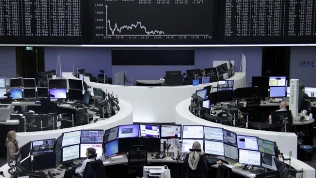Avrupa borsaları haftanın son iş günü düşüşle açıldı