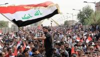 Irakta, Sadr yanlısı göstericiler parlamento binasına girdi