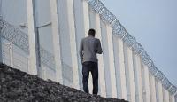 Calaisteki duvar 300 metre daha uzatılacak