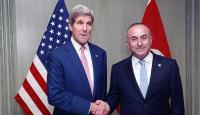 Çavuşoğlu ile Kerry Suriyeyi görüştü