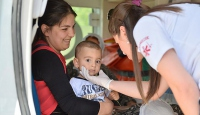 Nusaybinde hasta kadın ve çocuğa yardım eli