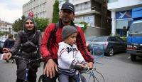 Mardinden bisikletle yola çıkan Suriyeli aile Ankarada
