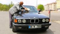 Turgut Özalın otomobili alıcı bekliyor