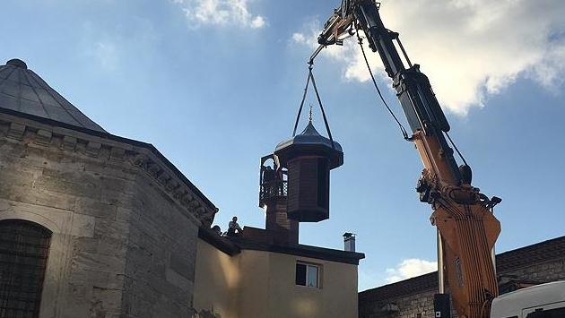Taksim Mescidine yeni ahşap minare