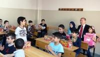 Cumhurbaşkanı Erdoğandan öğrencilere ziyaret