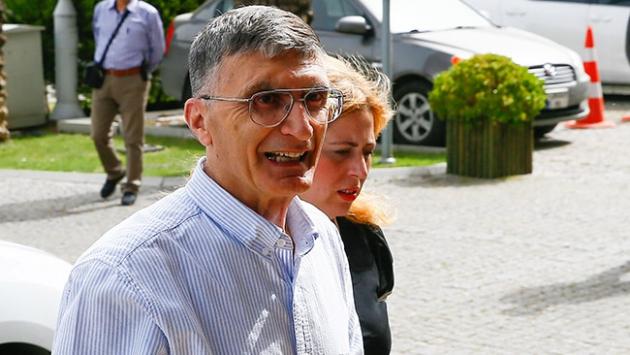 Nobel ödüllü Aziz Sancar İzmirde