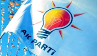 AK Partiden 29 Ekime özel kitap