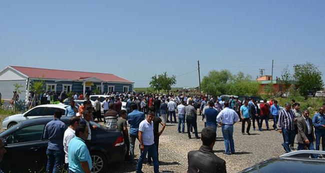 Diyarbakırdaki taziye evinde HDPlilere tepki