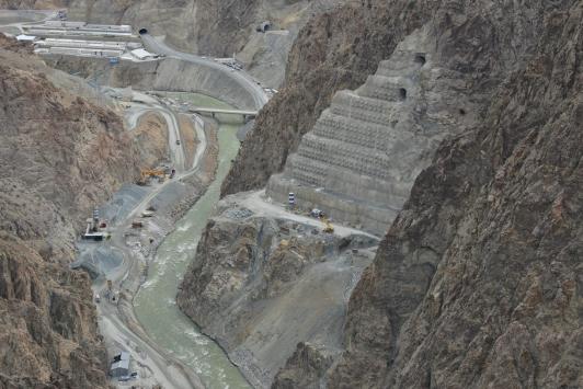 Dünyanın 3üncü en yüksek barajında çalışmalar yarılandı