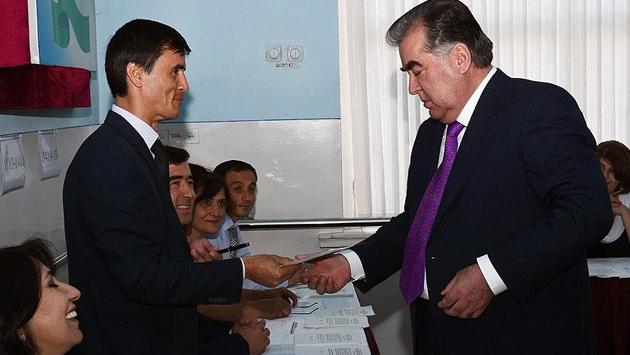 Tacikistanda anayasa referandumu