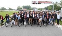 Kenan Sofuoğlundan yetim çocuklara 105 bisiklet