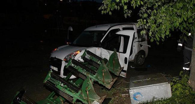 Yozgatta polis aracı kaza yaptı: 2 yaralı
