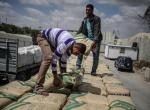 Gazzeye çimento girişi başladı