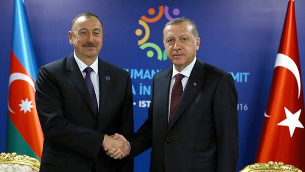 Cumhurbaşkanı Erdoğan liderlerle bir araya geldi