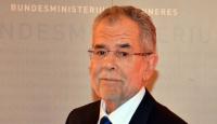 Avusturyanın yeni cumhurbaşkanı Bellen oldu