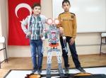 Bu Köyde Çocuklar Robot Yapıyor