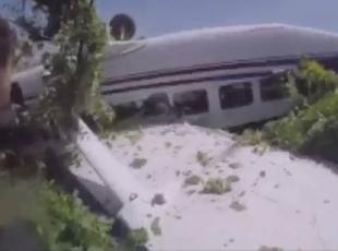 17 paraşütçünün kaza anı kamerada