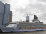 Dünyanın en büyük gemisi Hollandada