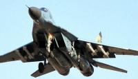 Savaş uçağı pistten çıktı: 1 pilot öldü