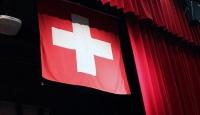 """İsviçrede Müslüman öğrencilere """"tokalaşma"""" zorunluluğu"""