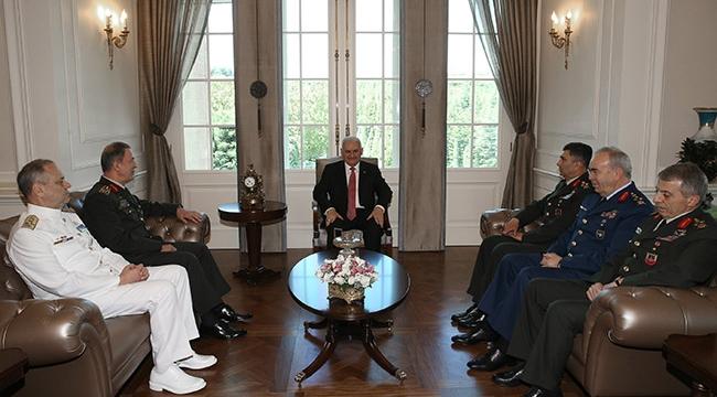 Başbakan Yıldırım, Orgeneral Akar ve kuvvet komutanlarını kabul etti