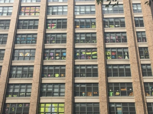 Manhattan ofislerinde post-it savaşları