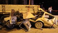 Otomobil TIRa çarptı: 2 ölü