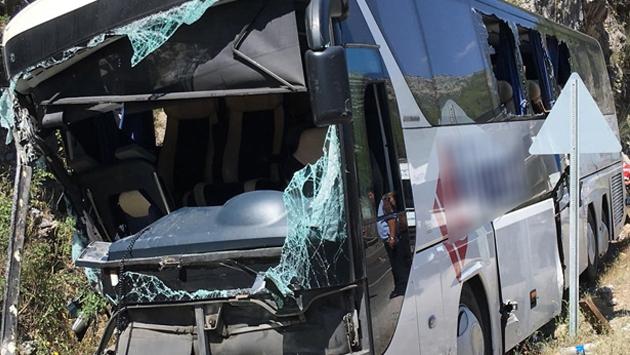 Üç ilde 4 ayrı yolcu otobüsü kazası