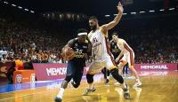 Galatasaray üstünlüğünü koruyor