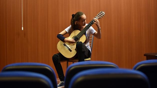 Klasik gitarın 12 yaşındaki yıldızı